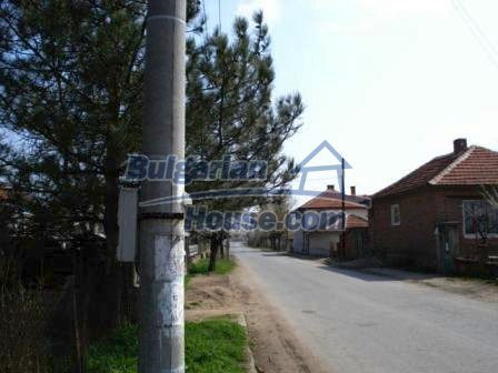 9267:2 - Cheap Bulgarian house for sale only 10km away from Yambol