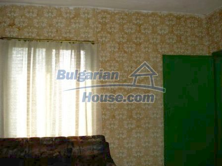 9267:10 - Cheap Bulgarian house for sale only 10km away from Yambol