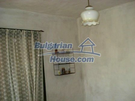 9267:12 - Cheap Bulgarian house for sale only 10km away from Yambol