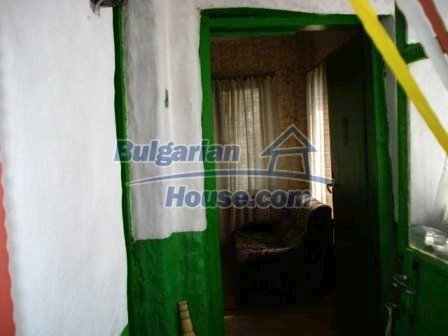 9267:13 - Cheap Bulgarian house for sale only 10km away from Yambol