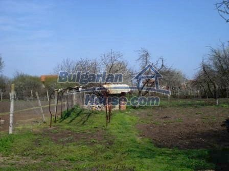 9267:4 - Cheap Bulgarian house for sale only 10km away from Yambol