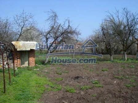 9267:5 - Cheap Bulgarian house for sale only 10km away from Yambol