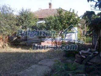 9276:1 - Bulgarian house for sale near Black sea and 30km away from Burga