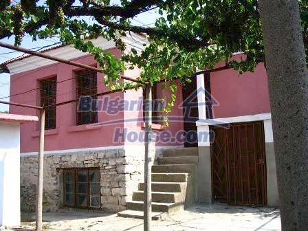 9282:1 - Looking for partly renovated proeprty in Bulgaria- this one is o