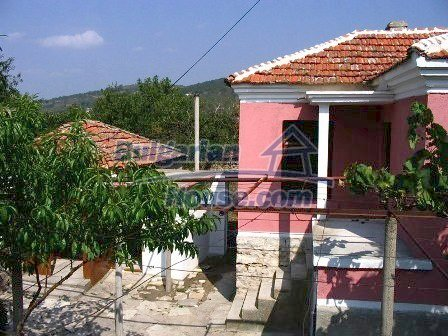 9282:3 - Looking for partly renovated proeprty in Bulgaria- this one is o