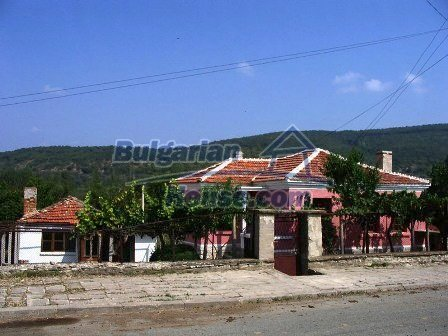 9282:10 - Looking for partly renovated proeprty in Bulgaria- this one is o
