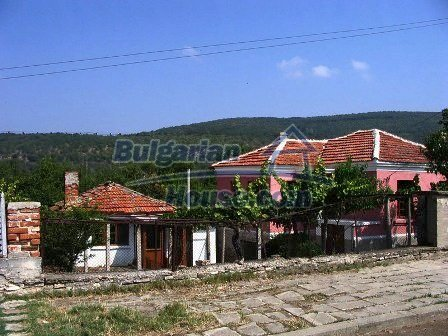 9282:13 - Looking for partly renovated proeprty in Bulgaria- this one is o
