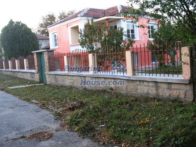9285:2 - Renovated Bulgarian house for sale located in nice region