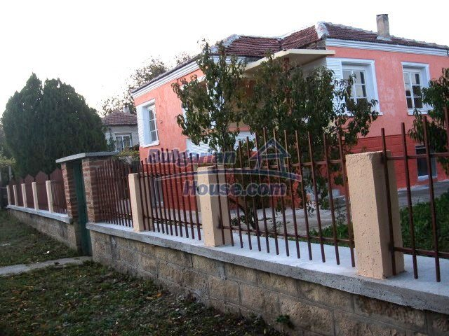 9285:4 - Renovated Bulgarian house for sale located in nice region