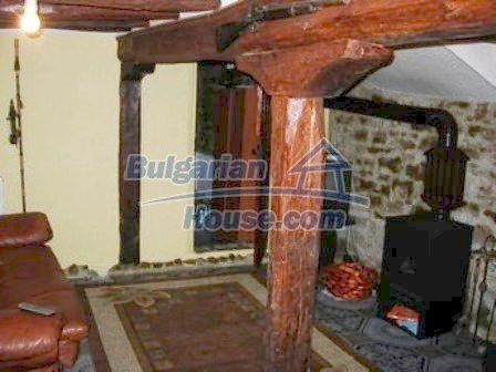 9303:11 - Fully Renovated Bulgarian house in the village of Avren