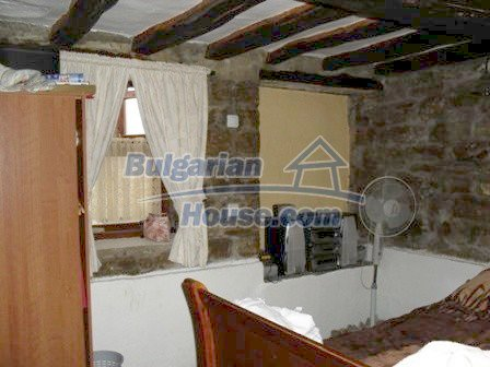 9303:19 - Fully Renovated Bulgarian house in the village of Avren