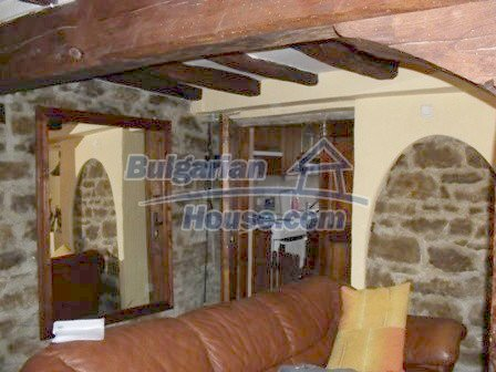 9303:20 - Fully Renovated Bulgarian house in the village of Avren