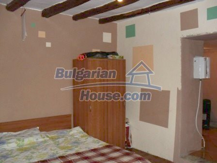 9303:21 - Fully Renovated Bulgarian house in the village of Avren