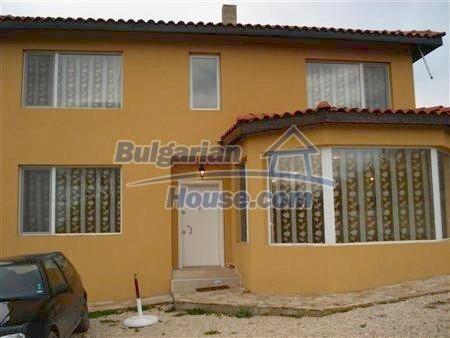 9306:3 - Two storey newly built up bulgarian house -10 minutes fro the se