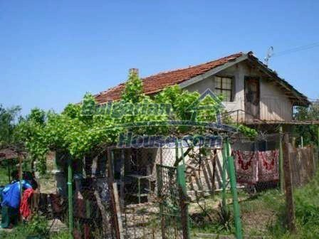 9315:1 - Take a look at this cheap Bulgarian house for sale near Elhovo