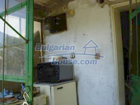 9315:2 - Take a look at this cheap Bulgarian house for sale near Elhovo