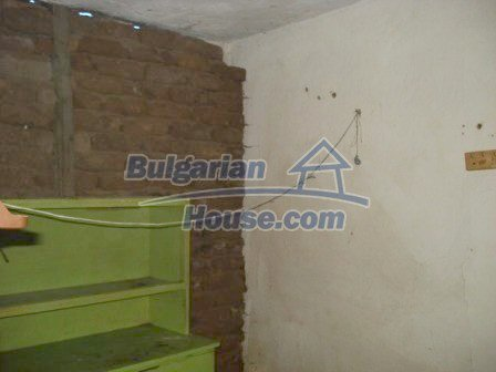 9315:5 - Take a look at this cheap Bulgarian house for sale near Elhovo