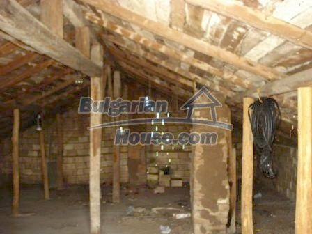 9315:7 - Take a look at this cheap Bulgarian house for sale near Elhovo