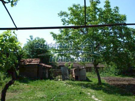 9315:12 - Take a look at this cheap Bulgarian house for sale near Elhovo