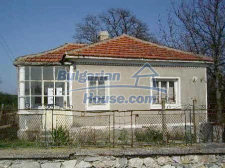 9324:1 - House in BULGARIA for sale near ELHOVO town