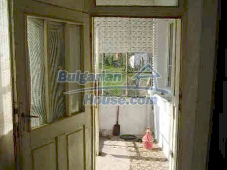 9324:10 - House in BULGARIA for sale near ELHOVO town