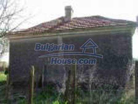 9324:3 - House in BULGARIA for sale near ELHOVO town