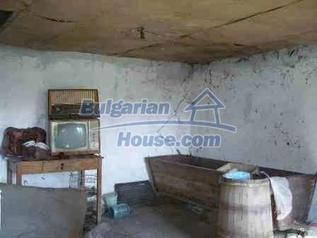 9324:14 - House in BULGARIA for sale near ELHOVO town