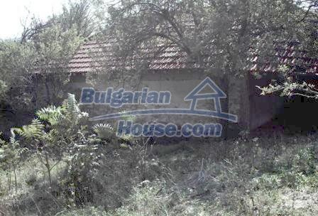 9330:12 - An old two storey Bulgarian house for sale in Elhovo region