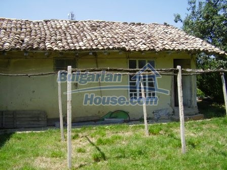 9348:5 - Cheap house in Bulgaria with huge garden, near Veliko T