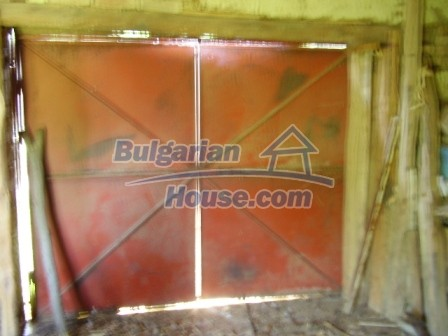 9348:27 - Cheap house in Bulgaria with huge garden, near Veliko T