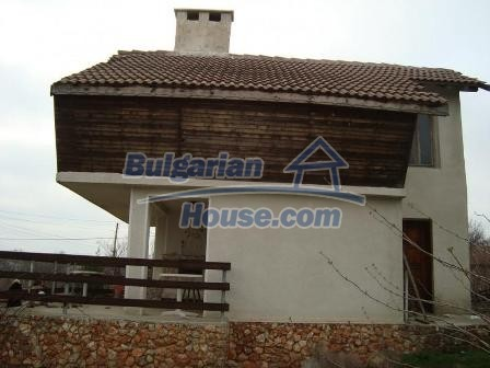 9360:3 - Buy cheap Bulgarian house only 3km away from the sea