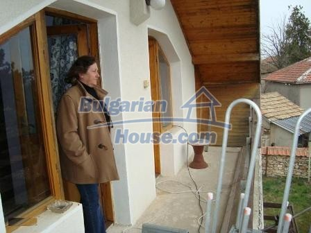9360:8 - Buy cheap Bulgarian house only 3km away from the sea