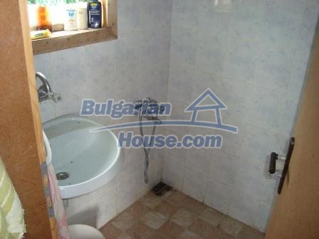 9360:11 - Buy cheap Bulgarian house only 3km away from the sea