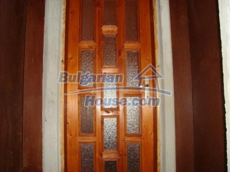 9360:13 - Buy cheap Bulgarian house only 3km away from the sea