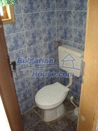 9360:18 - Buy cheap Bulgarian house only 3km away from the sea