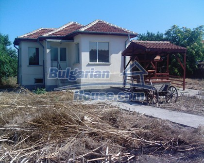 9372:1 - Buy Bulgarian house recently renovated in Yambol region