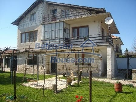 9402:1 - Cozy Bulgarian house for sale near Varna and Black Sea coast