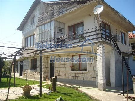 9402:3 - Cozy Bulgarian house for sale near Varna and Black Sea coast