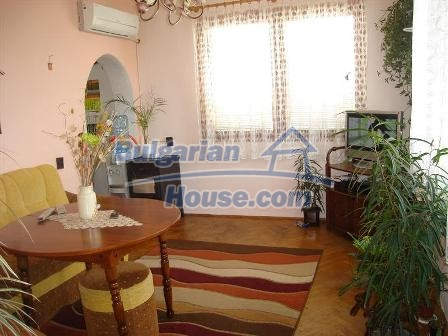 9402:12 - Cozy Bulgarian house for sale near Varna and Black Sea coast