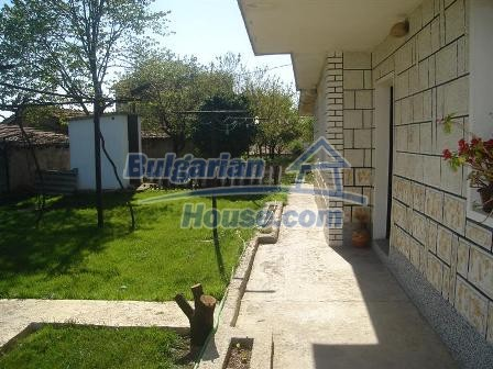9402:5 - Cozy Bulgarian house for sale near Varna and Black Sea coast