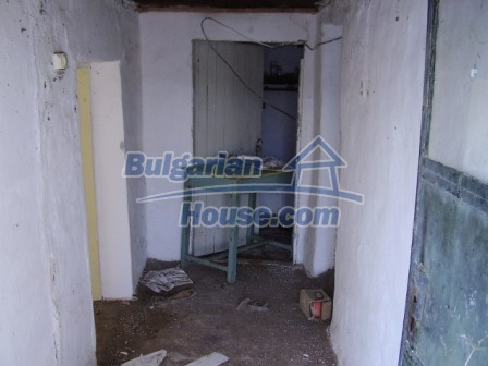 9405:5 - Cheap Bulgarian house for sale in a village near Elhovo
