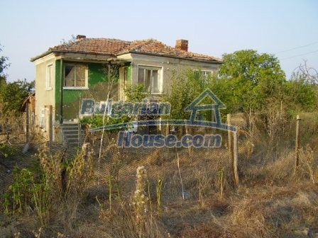 9405:11 - Cheap Bulgarian house for sale in a village near Elhovo