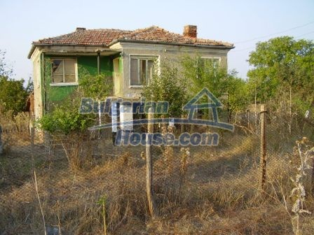 9405:12 - Cheap Bulgarian house for sale in a village near Elhovo