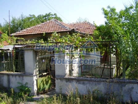 9414:1 - Rural Bulgarian property for sale near Elhovo