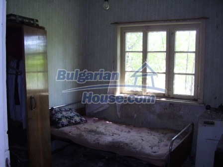 9414:6 - Rural Bulgarian property for sale near Elhovo