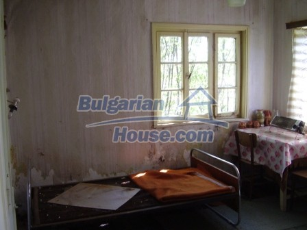9414:7 - Rural Bulgarian property for sale near Elhovo