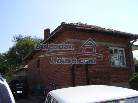 9417:1 - Rural bulgarian house for sale in well developed hamlet of Skali