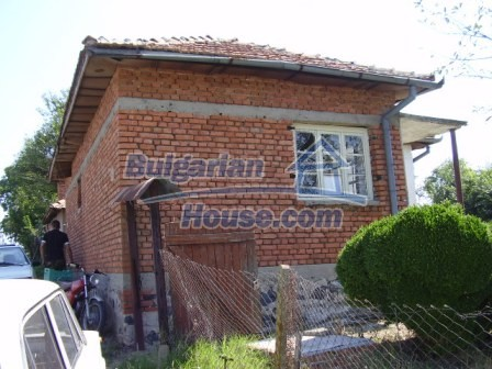 9417:2 - Rural bulgarian house for sale in well developed hamlet of Skali