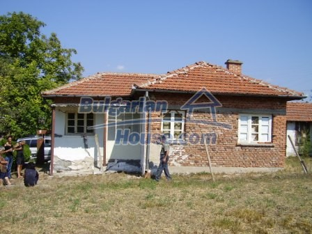 9417:3 - Rural bulgarian house for sale in well developed hamlet of Skali