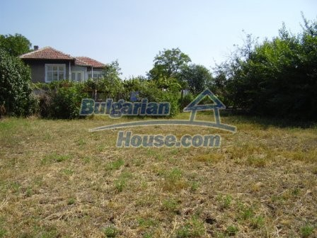 9417:10 - Rural bulgarian house for sale in well developed hamlet of Skali